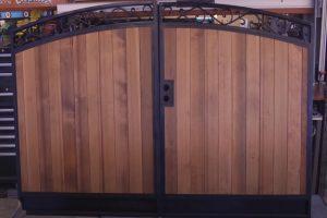 Glendale Fence Installation custom gate project